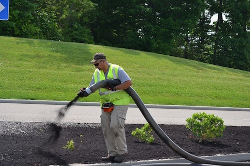 Rice's Mulch Blowing Installation Service
